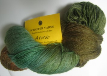 medium_green_anne_yarn.4.jpg